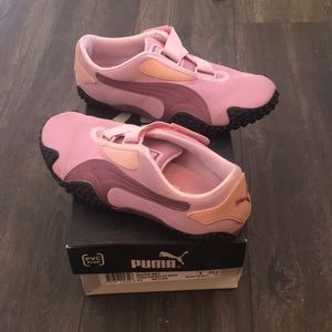 Vintage Puma Mostro Women's Sneaker